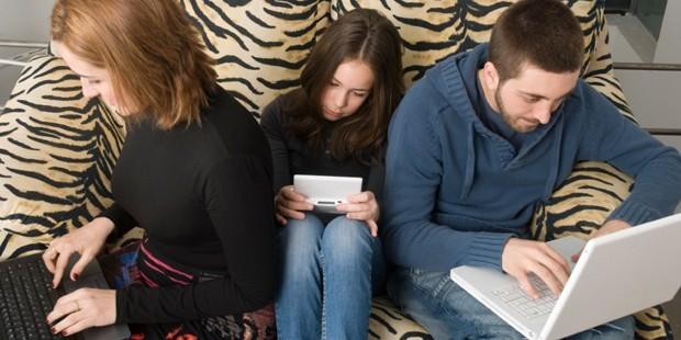 Bağımlı Gençlik ve Teknoloji Bağımlılığı